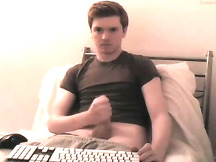 Belgium guy tomtopia cums on shirt - Chaturbate