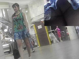 Real upskirts of sexy babe walking in public places