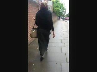 Hijabi ass in burqa and high heels