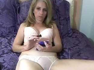 mercedesbends intimate episode on 01/23/15 18:47 from chaturbate