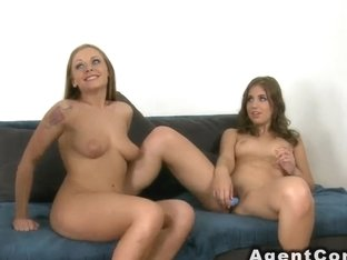 Amateur girlfriends in threesome casting