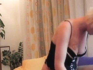 Amateur wife riding his dick