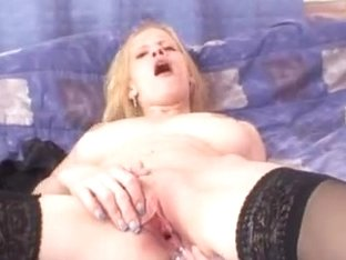 Busty blonde slut Bella Karina pussy spreading games