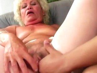 Hardcore fuck for horny granny