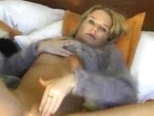 Fluffy sweaters and naked pussy play