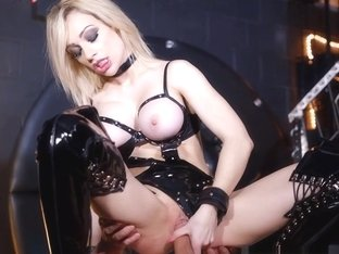 Chessie Kay,Ben Kelly in The Art of Control Scene Scene