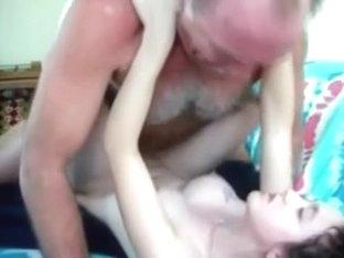 Teen lassie dicked by a geezer
