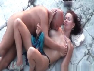 Guy ass fucked by wife in beach