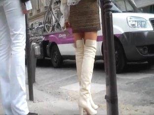 Femme En Bottes