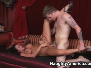 Ariella Ferrera & Patrick J. Knight in Seduced by a Cougar