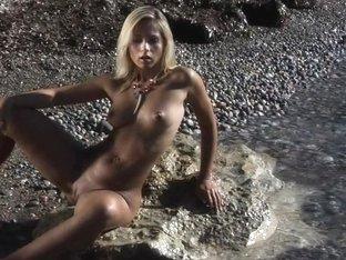 Video from Meta-Art: Jenni A - Sistante - by Erro