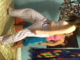Superlatively Good twerking cam panty episode