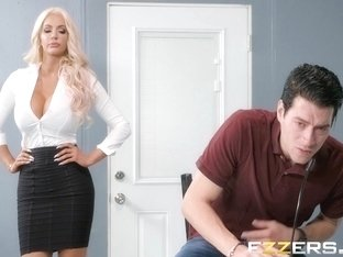 Nicolette Shea In Mind Blowing