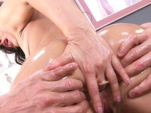 Big Wet Butts: Nurse Booty on Duty. Lisa Ann, Tommy Gunn