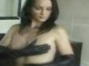 Nice chick stripped and touched her charms in the amateur vid