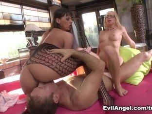 Best pornstars Simony Diamond, Rocco Siffredi, Kiara Lord in Horny MILF, Anal xxx clip