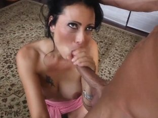 Super hot cougar Zoey wants to get off real hard