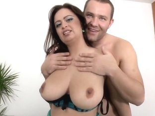 Horny milf Sirale came for a fucking audition with her big natural boobs and huge ass