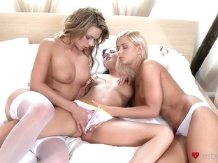Best pornstars Tiffany Walker, Daisy, Maryann Walker in Horny Cunnilingus, MILF adult scene