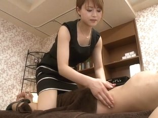 Amazing Japanese whore Akiho Yoshizawa in Crazy handjobs, milfs JAV clip