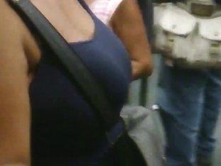 grandes tetas mujer fea