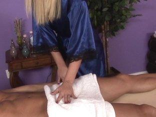 Massage-Parlor: Investor Needed
