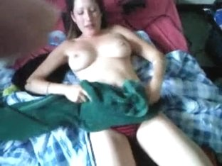 Nasty 19 yo girlfriend fellatio joy & cum on tongue