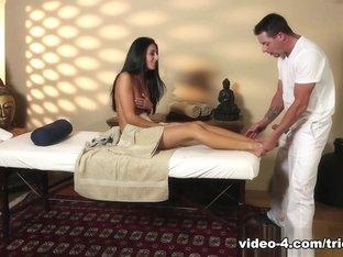 Hottest pornstars Jack Vegas, Nikki Daniels in Best Brunette, Cunnilingus porn video