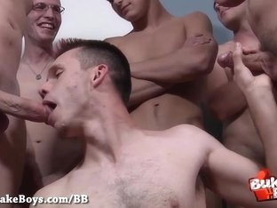 Huge Bareback Bukkake Party for Sexy dyde - Bukkake Boys