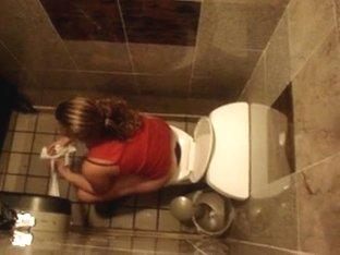 Arab College Friend Spying when Toilet in LONDON unv