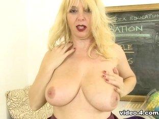 Fabulous pornstar in Exotic Blonde, Lingerie sex clip