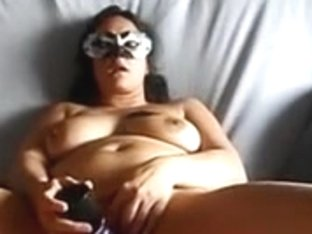 Homemade granny vid shows me play with a sex toy
