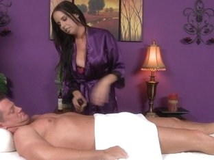 Massage-Parlor: Going All The Way