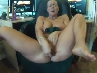 Trying Out Her New Anal Toy In The Office