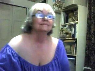 A Ravishing Obese Granny Squirts
