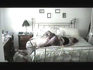 Mature bimbo needs orgasm