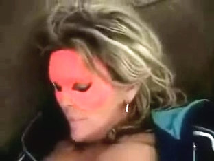 Wife in mask strokes cunt