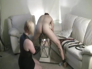2 Dommes, 2 Canes, No Respite, Preview