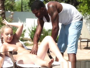 Sweety Kami Kari Gets Black Penis By The Pool
