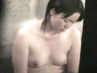 Naked Asian milf almost falling asleep in the shower nri056 00
