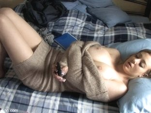 Plump breasted babe in a topless down blouse video