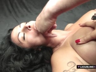 LaSublimeXXX Busty MILF Asia Morante loves cock in her ass