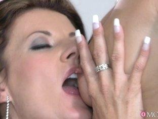 Best pornstars Olivia Wilder, Tobi Pacific in Amazing MILF, Cunnilingus xxx video