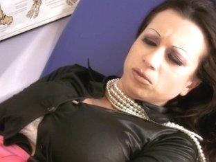 Trinity-Productions: Molesting Drkink