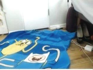 Student honey masturbates in dorm room
