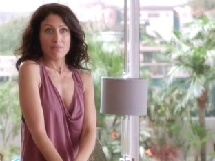 Girlfriends Guide to Divorce S02E04 (2015) Lisa Edelstein