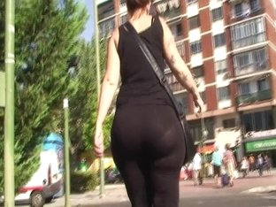 candid phat ass visible panty lines