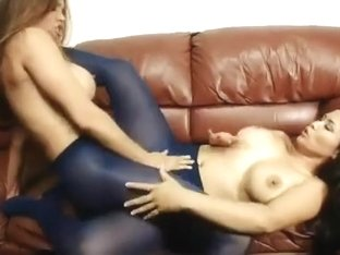 Blue pantyhose Sexfight trib