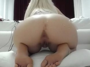 1luxuriousgirl intimate episode on 02/01/15 02:03 from chaturbate