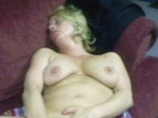 renee hickey playing with her pussy